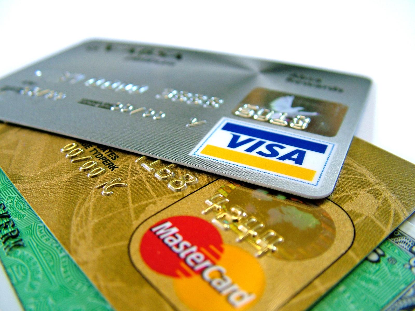 クレジットカードで仕入れをする時の注意点