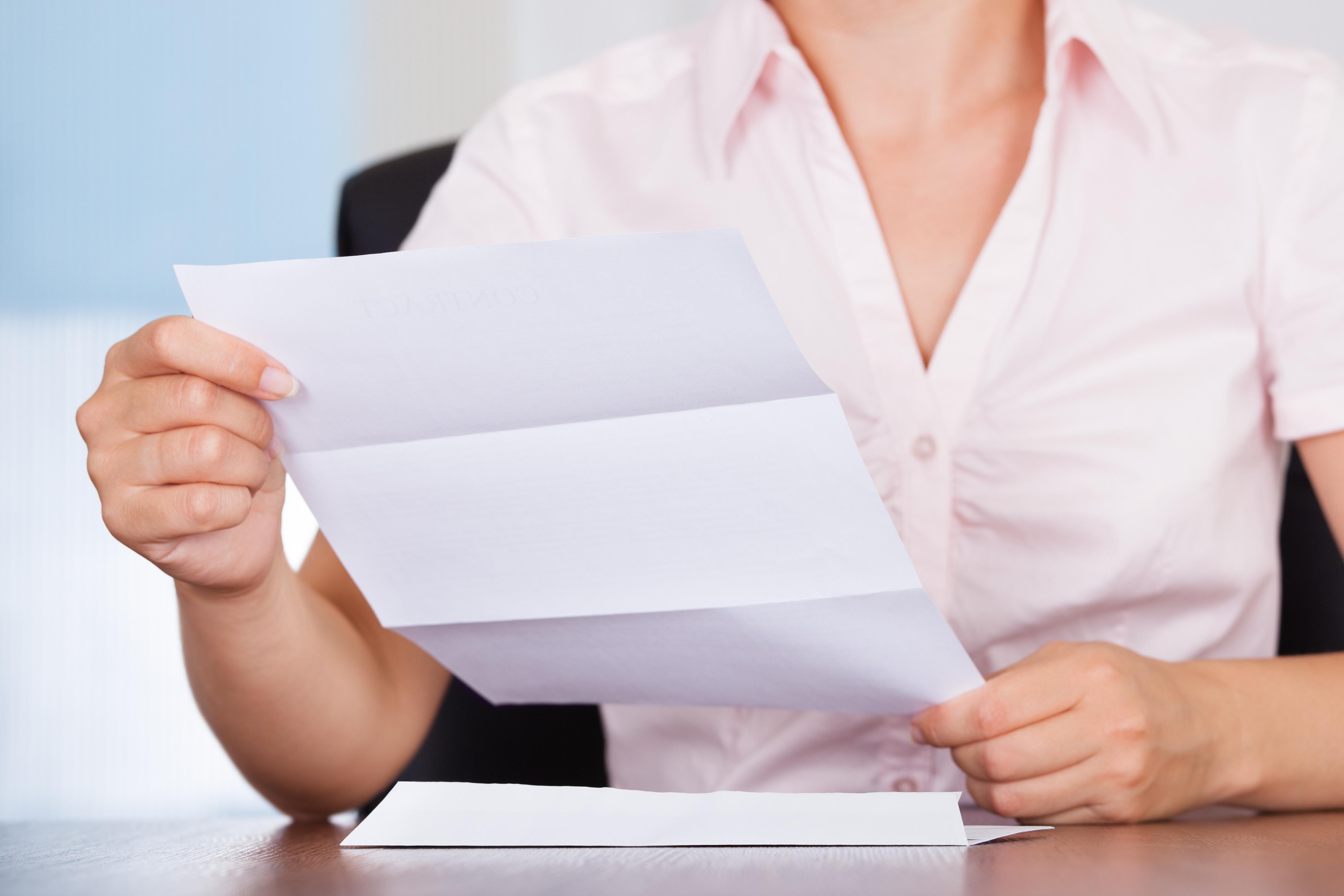 内容証明郵便がメーカーから届いた時の対処法