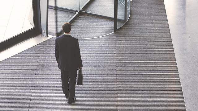 ネットビジネスで挫折するひとの特徴
